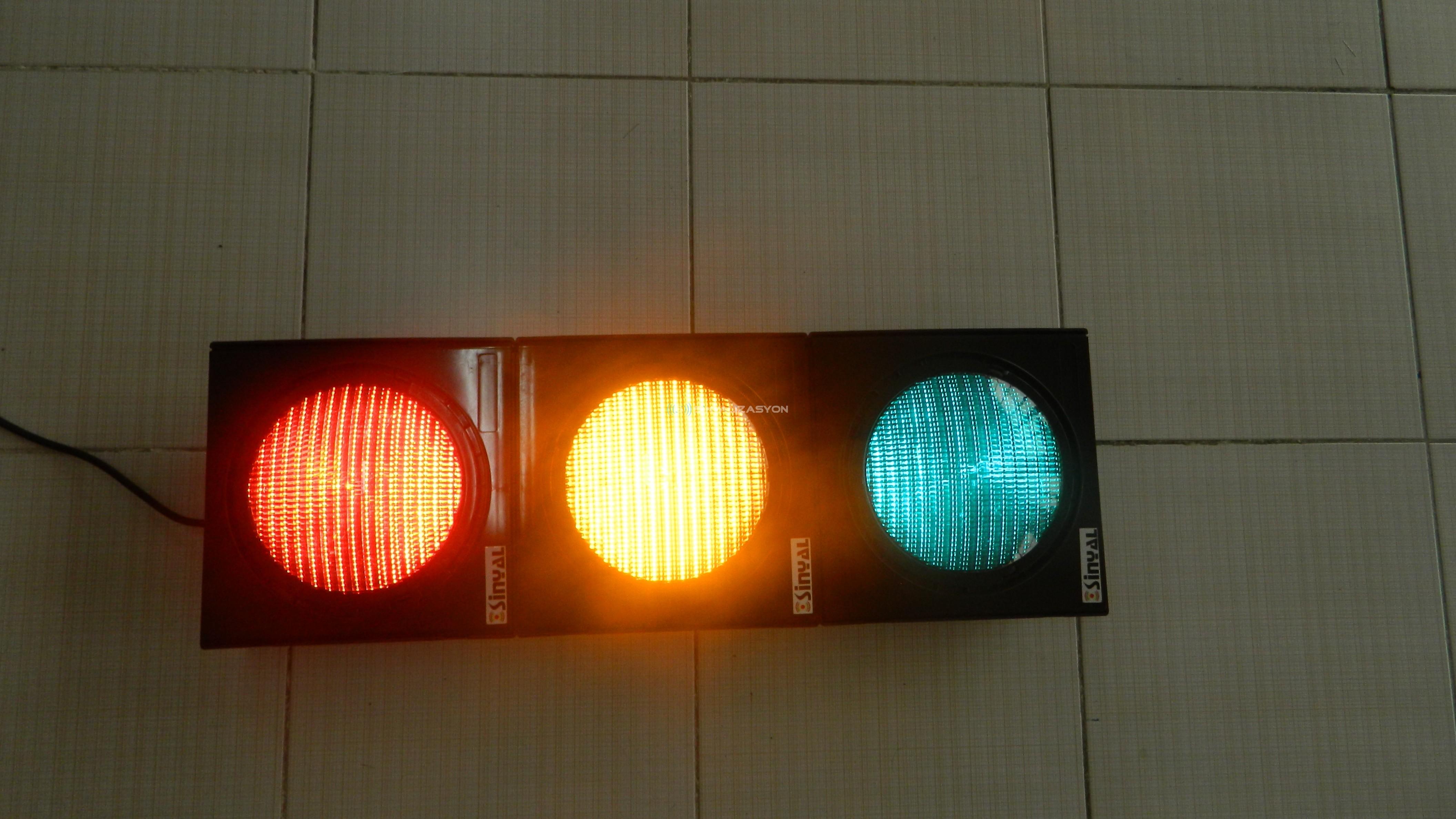 Trafik Sinyal Lambalarında Yanıltıcı Sinyal Sınıfı (Fantom Etkisi)