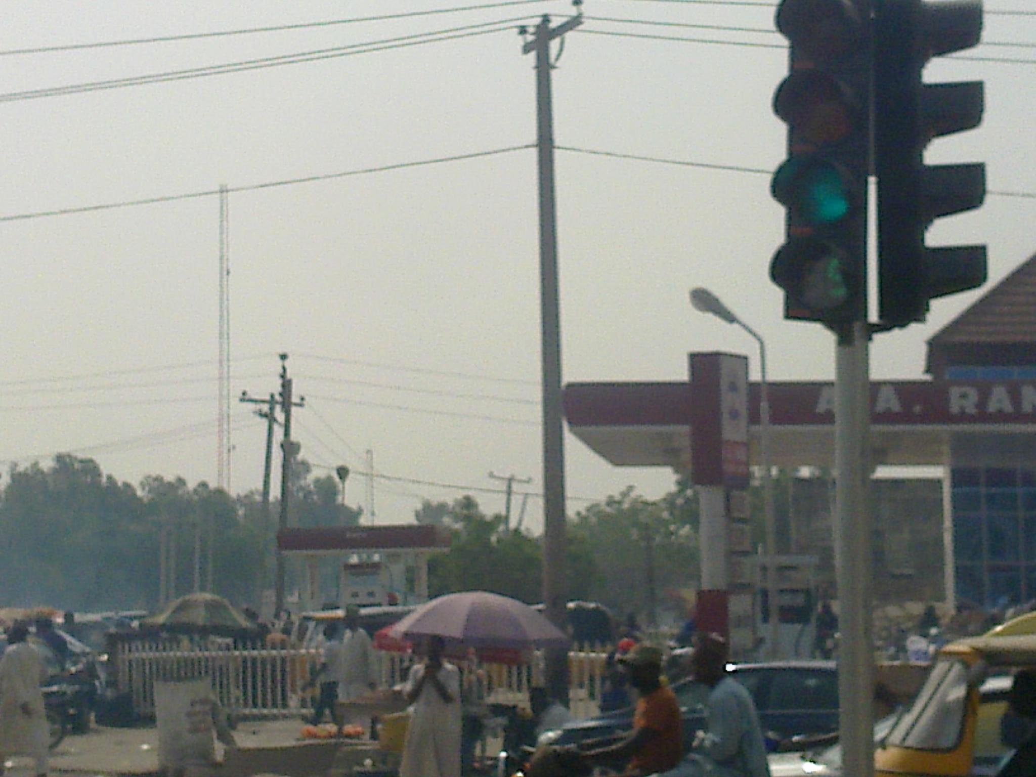 Afrikada Güneş Enerjili  Kavşaklarımız Faaliyette